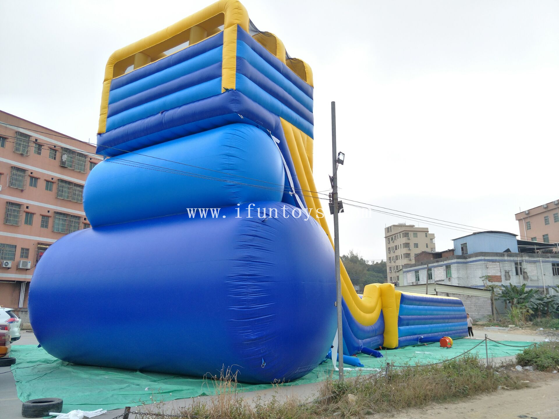 Amazing double lane free fall adult Inflatable Skyscraper Slide/ Giant Inflatable dry Slide /inflatable drop jumping slide for kids and adults